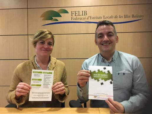 Neus Serra, secretaria general de la FELIB, junto al presidente Joan Carles Verd.