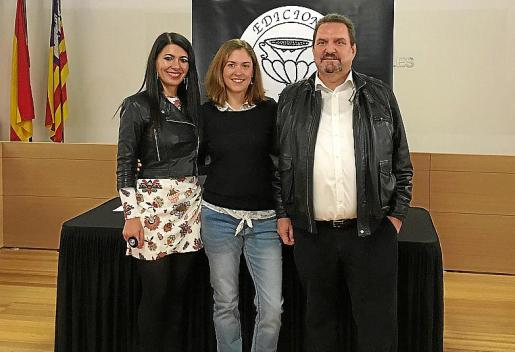 Carme Coll, Neus Nadal y Guillem Rosselló.