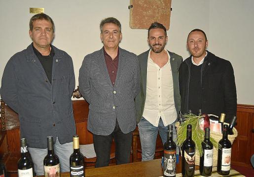Pere Calafat, Nicolau Canyelles, Santi Taura y Tomeu Taura.