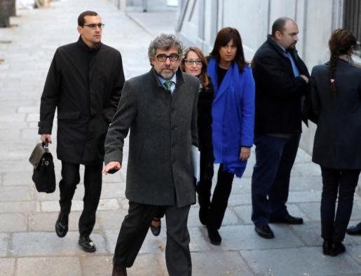 Jordi Pina, abogado de los exconsellers de Presidencia y Territorio Jordi Turull y Josep Rull y del líder de la Asamblea Nacional Catalana (ANC) Jordi Sánchez, a su llegada al Tribunal Supremo.