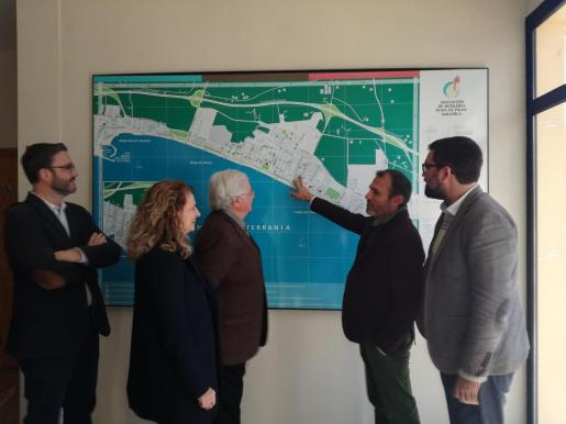 Dos corredoros paisajísticos, una pista polideportiva y una zona de aparcamiento contribuirán a renovar la Playa de Palma.