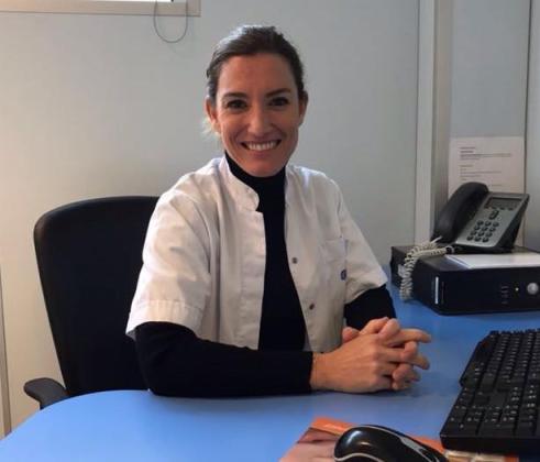 La doctora Moreo gana la Beca de Innovación UBES-Fundación Uniteco Profesional.