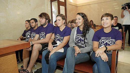 Los acusados, durante el juicio en la Audiencia.