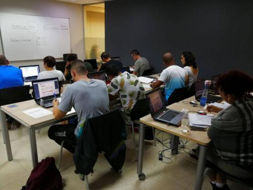 Mallorca cuenta con 2.000 profesionales de la seguridad privada, y otros tantos se forman para serlo.
