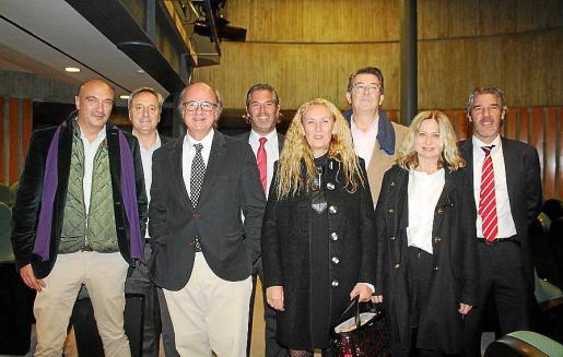 Gabriel Genovard, Fernando de Oleza, Tomás Blanes, Antonio Marqués, Malena Genovard, Juan José Planiol, Paula Pujol y Fernando Marqués.