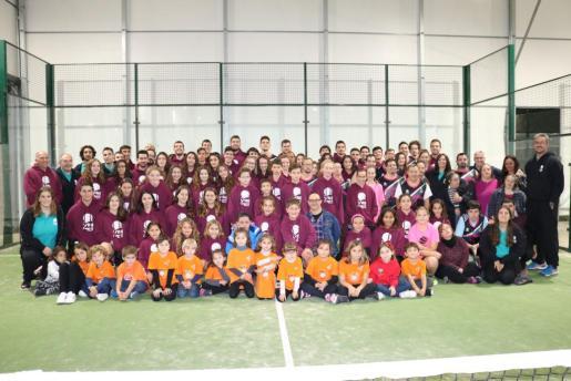 Más de 50 niños practican alguna de las disciplinas deportivas que conforman este proyecto deportivo.