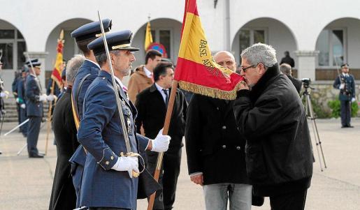 Un total de 520 personas, la mayoría civiles y también militares en la reserva o retirados, aprovecharon para jurar lealtad a la bandera.