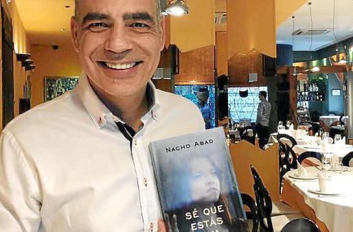La novela está siendo un éxito entre las altas esferas policiales.