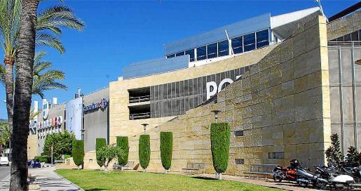 Imagen de la fachada del centro comercial Porto Pi.