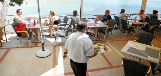 Los trabajadores de Balears ponen una nota de 7,3 a su empleo.