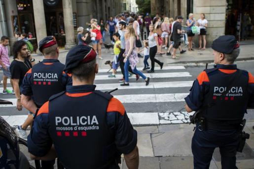 Esta intervención es la segunda fase de una operación que investigó la explotación sexual de menores en riesgo de exclusión en Barcelona.