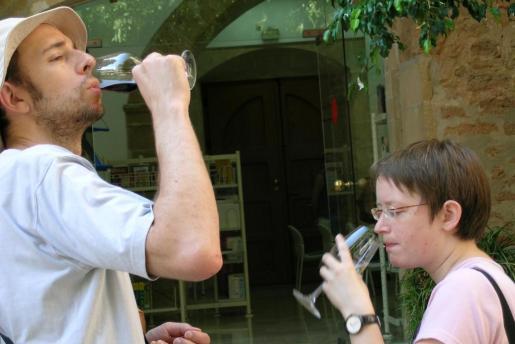 La Fira del Vi quiere promocionar los vinos de la Isla entre residentes y turistas.