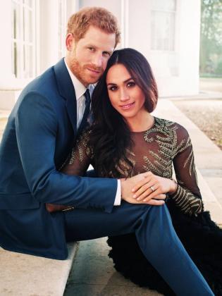 Fotografía oficial del compromiso del príncipe Enrique de Inglaterra y de la actriz estadounidense Meghan Markle realizada por el fotógrafo británico Alexi Lubomirski a principios de esta semana en Frogmore House, cerca del Castillo de Windsor Castle, Londres.