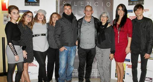 Raquel Rivero, Alicia Carreño, Carmen Gordillo, Sonia Pla, Juanjo Argenta, Miguel Pujadas, María Luisa Carceler, Anna Anglada y Valentin Iconaru.