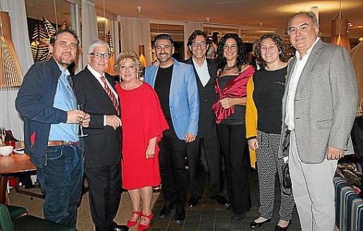 Andreu Moyà, Jeroni Cabot, Margalida Gomila, Carlos Gutiérrez, Toni Vila, Jinamar Tomás, Emilia Torres y Lluís Torres.