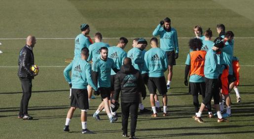 Los jugadores del Real Madrid, durante un entrenamiento en la Ciudad Deportiva de Valdebebas.