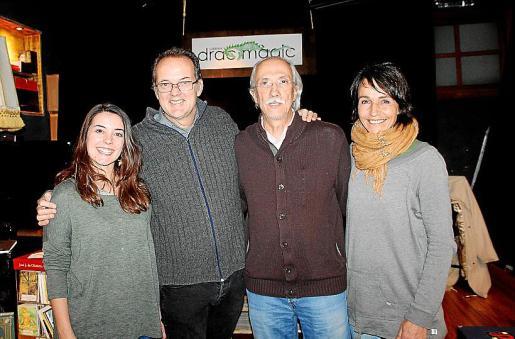 Carmen Llauger, Miquel Àngel Llauger, Miquel Rayó y Ariadna Ferrer.