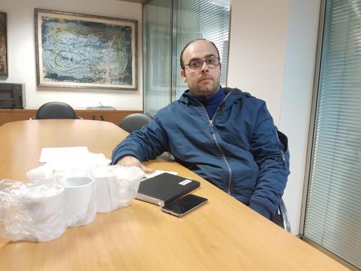 Iván Ruiz, dice que a la policía local no le debe gustar el 'amigo invisible'.