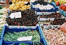 Los miércoles por la mañana se celebra el mercado semanal de Cas Concos.