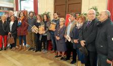 Sa Negreta organiza el primer 'fogueró' popular en la Revetla de Sant Antoni en Sa Pobla