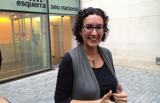 En un principio se había anunciado que también había acuerdo para investir a Carles Puigdemont, pero ERC ha matizado que no está cerrado, a la espera de si avala que sea investido a distancia.