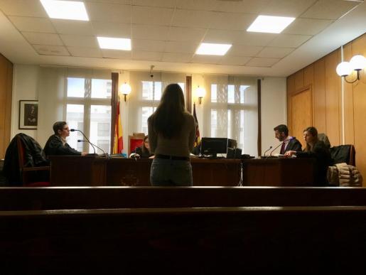 La acusada, de 26 años, durante el juicio.