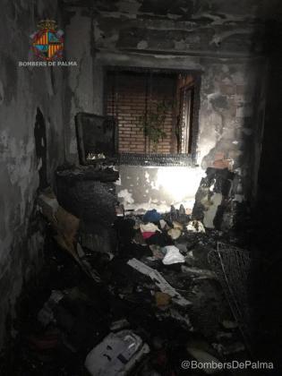 Imagen del interior del inmueble afectado por las llamas.