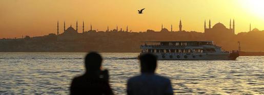 Imagen de un atardecer en Estambul.