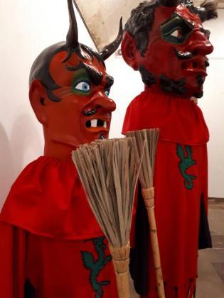 Los 'Dimonis' de Sa Pobla cuentan con nuevos trajes.