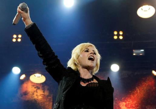 La cantante irlandesa Dolores O'Riordan, líder de la banda The Cranberries.