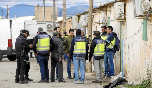 En la última operación policial los agentes detectaron una disminución de residentes del poblado.