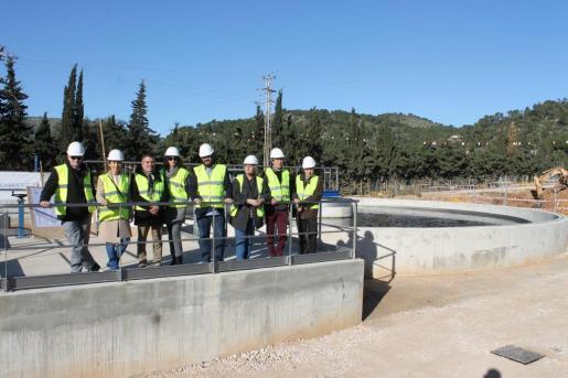 El conseller de Medio Ambiente, Agricultura y Pesca, Vicenç Vidal, ha visitado este martes las obras de las nuevas instalaciones de la depuradora de Andratx.