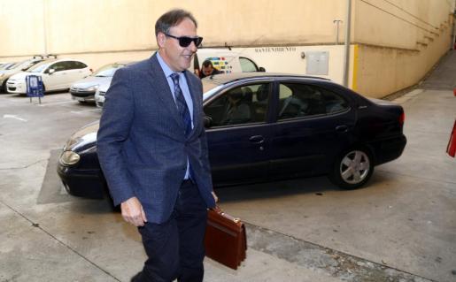 El juez Manuel Penalva a su llegada a los juzgados de Palma.