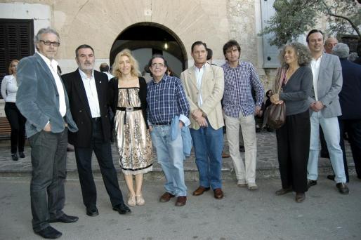 Luis Maraver, Paco Lorente, Aina Pastor, Tolo Albertí, Christian Karis, Patrick Guino, Mariana Alzamora y Miki Antón.