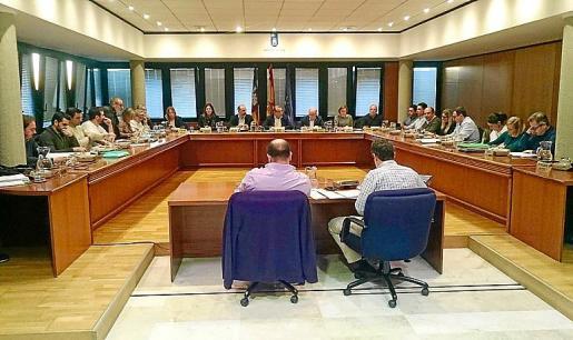 Imagen de la sesión plenaria celebrada en el Ajuntament de Calvià.