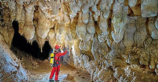 Se ha realizado una actuaciónenmarcada en el proyecto 'Conservación, estudio y divulgación del patrimonio subterráneo de Balears'.