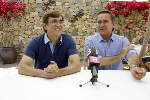 Francesc Antich, en un acto celebrado en Eivissa junto a Xicu Tarrés.