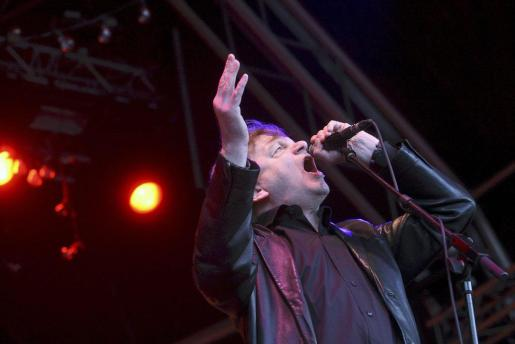 Fotografía de archivo del 27 de mayo de 2010, del cantante y líder del grupo británico de rock 'The Fall', Mark E. Smith.