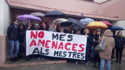 Unió Obrera Balear pide que la Conselleria d'Educació actúe de oficio en defensa de los profesores víctimas de amenazas y agresiones.