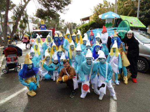 El frío no pudo con el tradicional carnaval de la Platja de Palma.