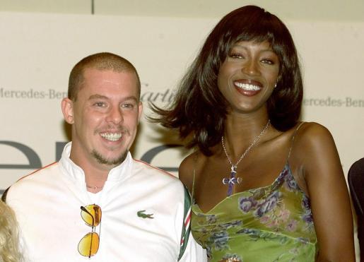 La modelo Naomi Campbell era una de las grandes amigas del modisto.