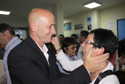 Antoni Pastor celebra la mayoría absoluta obtenida en Manacor