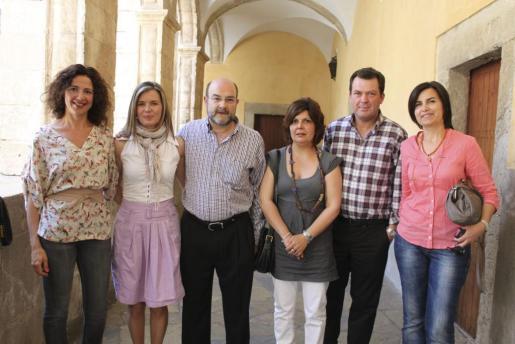 Araceli Ramis, Antònia Ripoll, Pedro Vallespir, Maria Antònia Homar, Miquel Torrens y Maria Seguí.