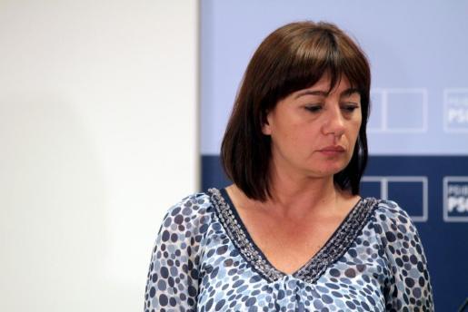 Francina Armengol, con rostro serio tras conocer los resultados electorales del pasado 22-M.
