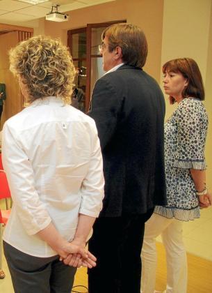 Aina Calvo, Francesc Antich y Francina Armengol, el domingo en la sede del PSIB.