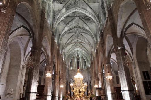 La inauguración de la nueva luz interior de Santa Eulalia, en Palma.