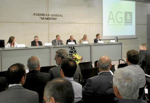 Presencia masiva en la asamblea de Sa Nostra.
