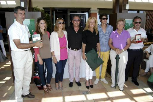 Alberto Luengo, Paula Fuster, Blanca Fuster, Pablo Fuster, Viky Pertierra, Pablo Fuster hijo, Àngela García y Rafael Blanes.