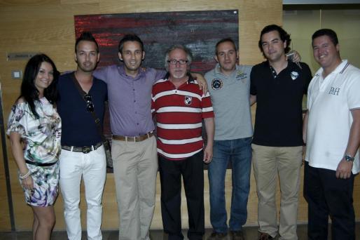 Isabella Arska, Enrique Ponce, Manuel Ponce, José Luis Quereda y su hijo, José María Folchez y Toni Ferragut.