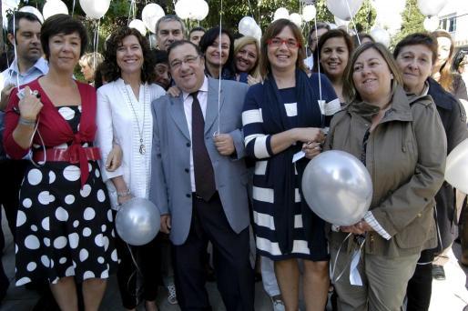 Fuensanta Pérez, Isabel Molina, Alfonso Molina, Toni Fiol, María Martín, Macu Mota, María Crespí, María Antonia Ximelis, María Bibiloni y Pilar Mir.